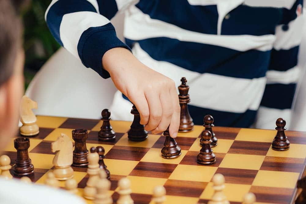 Ajedrez para niños: Ventajas y cómo enseñarles a jugar